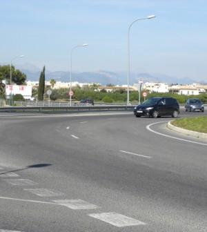 El proyecto incluye un carril bici paralelo a la vía que conectará también con varias urbanizaciones