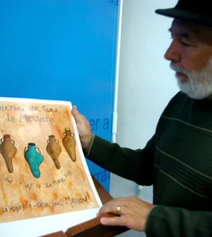 Andreu Llambies muestra su obra original.