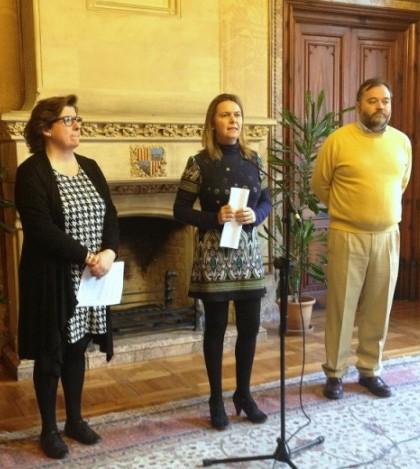Catalina Cirer, consellera insular de Benestar Social, Maria Salom, presidenta del Consell de Mallorca y Octavio Cortés, coordinador de Inserción del IMAS
