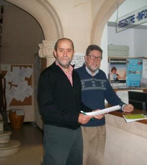 Joan Francesc Canyelles y Miquel Roselló, regidores de MÉS Marratxí., en el ayuntamiento.
