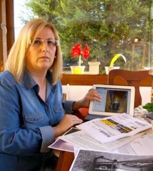 SAbrina Durazzi nos muestra sus denuncias y la fotografía que tomó a su maleta en el compartimento de medidas