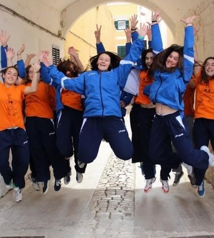 Un grupo de jugadoras disfrutando de su tiempo de ocio en Menorca