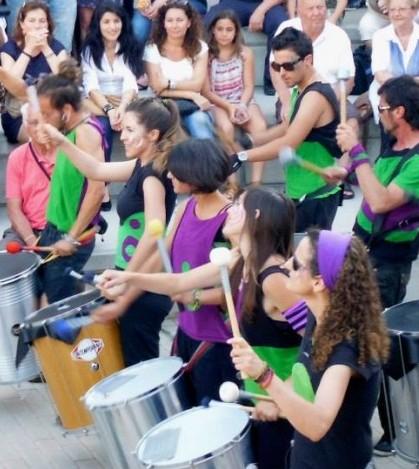 Kalemba Percussió durante una de sus actuaciones