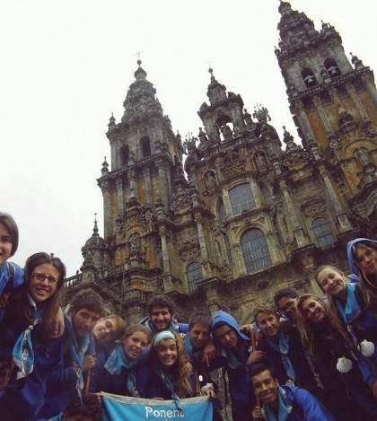 Algunos de los jóvenes que han participado en el campamento del Camino de Santiago.