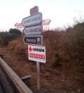 Los carteles publicitarios se instalaron en señales de la redes viarias de competencia insular y municipal