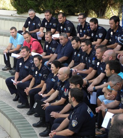Todos los municipios con IES dispondrán del servicio de Policía Tutor.