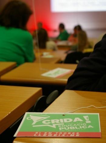 Los socialistas reclaman que se promueva el diálogo y el consenso con  la comunidad educativa y