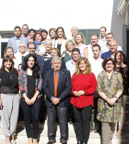 Los representantes de las entidades locales que participan en el programa.