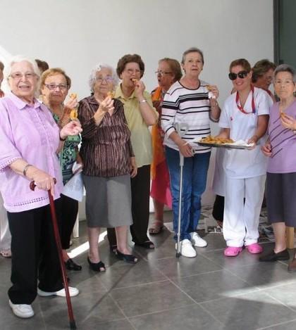 Los usuarios del Centro de Día han celebrado el día de las Vírgenes.