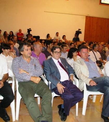 La presentación ha contado con la asistencia de más de un centenar de empresarios.