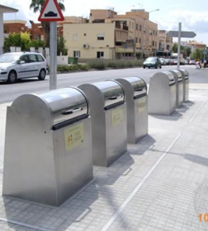 Proponen un sistema de recogida mixto que incluya el servicio puerta a puerta y la recogida mediante contenedores.