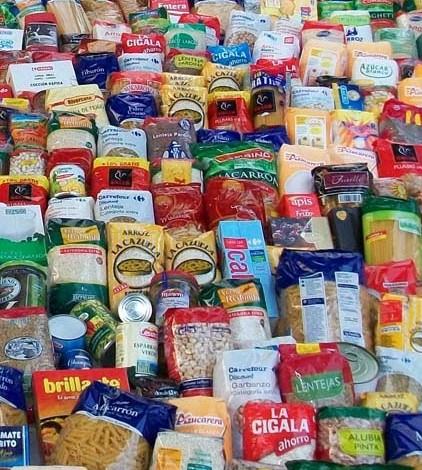 El CV Pòrtol se suma a la campaña de recogida de alimentos.