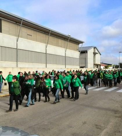 Durante la jornada de huelga del 7 de enero hubo numerosas muestras de apoyo al director del IES Marratxí