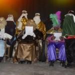 Els Reis leen las cartas que les han escrito los niños y niñas de Pòrtol