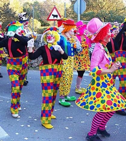 Más de 1.000 personas desfilan en Sa Rua de Marratxí
