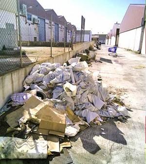 Vertidos incontrolados de escombros