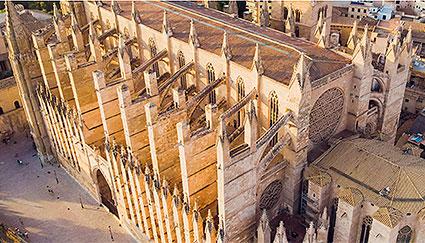 Terrazas-Catedral-de-Mallorca