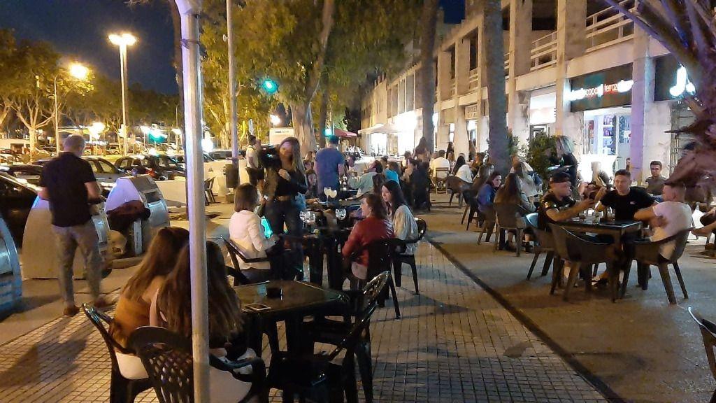 421977_terraza-paseo-maritimo-palma