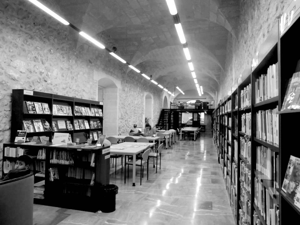 @ 38 biblioteca
